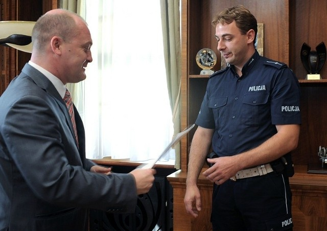 Policjant doceniony przez prezydenta cywila