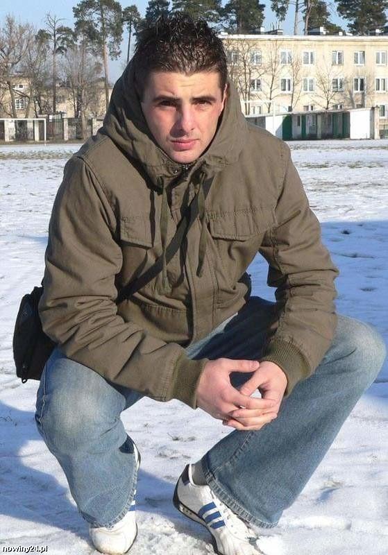 Bartłomiej Piszczek grał w Stali od 2008 roku, a odejść zamierzał już latem 2009, ale zdecydował się jeszcze na grę jesienią w Stalowej Woli.