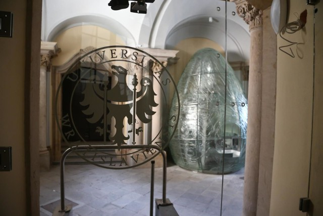 Szklane jajo z Uniwersytetu Wrocławskiego w finale konkursu architektonicznego