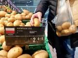 Cuda cenowe: klienci płaczą, bo w sklepach drogo, a rolnicy płaczą sprzedając ziemniaki po 30 gr za kilogram i jajka po 15 gr za sztukę