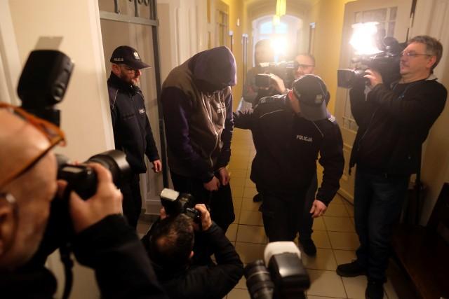 Po ponad dwuletnim procesie Sąd Okręgowy w Toruniu ogłosił dziś (05.05) wyrok w sprawie wstrząsającej zbrodni, do której doszło w listopadzie 2017 roku w Grudziądzu