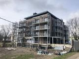 26 apartamentowców powstaje w Busku-Zdroju! Całkowicie zmienią oblicze miasta. Skąd wziął się boom budowlany?