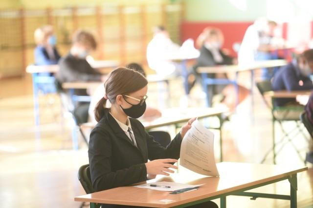 Próbny egzamin ósmoklasisty w Szkole Podstawowej nr 6