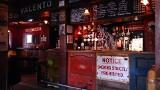 Wielka Brytania: Wściekły na ograniczenia właściciel baru chce go zamienić na ... kościół i podawać drinki