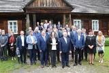 Polityczny szczyt w Tokarni i dobre wiadomości dla mieszkańców wsi - Uniwersytet Ludowy i wsparcie dla kół gospodyń [ZDJĘCIA]
