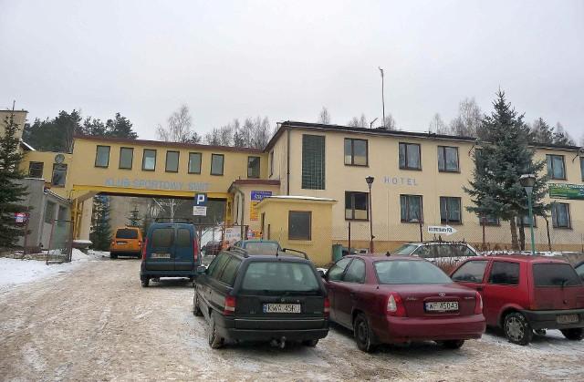 Tu, gdzie teraz parkują samochody, będzie przebiegała północno-zachodnia obwodnica Starachowic.