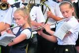 Małgosia i Maja grają w strażackiej orkiestrze z Bejsc