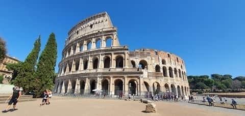Opustoszała stolica Włoch w wakacje 2020