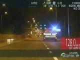 Policyjny pościg: Kierowca audi był pijany i po narkotykach, rozbił cztery samochody (wideo)