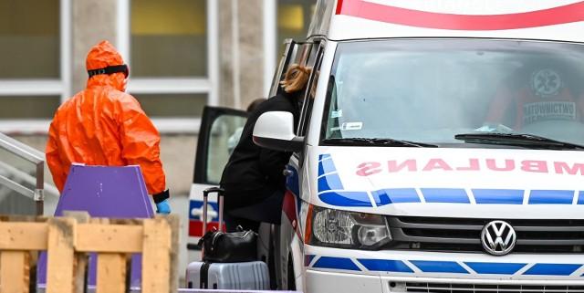 W Polsce jest 218 nowych i potwierdzonych przypadków zakażenia koronawirusem