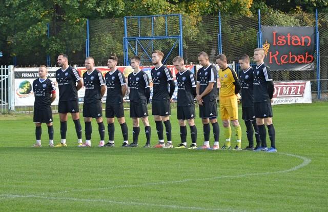 Piłkarze Proszowianki przed zwycięskim meczem z KS Olkusz (6:0).