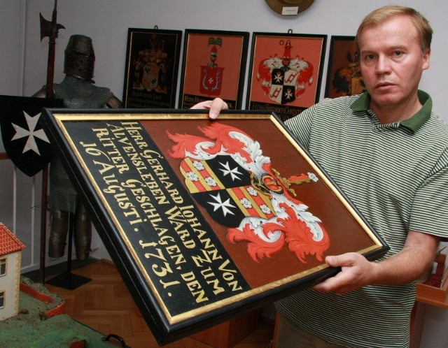 - Tablice z herbami rycerzy są jednym z nielicznych reliktów po zakonie joannitów na naszych terenach - mówi Andrzej Kirmiel, dyrektor muzeum w Międzyrzeczu.