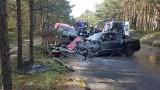 Groźny wypadek na Półwyspie Helskim na DW 216. Czołowe zderzenie dwóch samochodów osobowych. Występują utrudnienia w ruchu