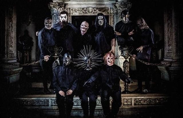 Amerykański zespół Slipknot kryje swoje twarze za maskami. Muzyka zespołu jest jednak bardzo bezpośrednia i bezkompromisowa