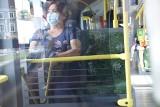 Zielona Góra. Czytelnik: - Pandemia koronawirusa, a w autobusach za dużo pasażerów. Co na to MZK?