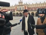 Janusz Korwin-Mikke odpowiadał na pytania na krakowskim Rynku