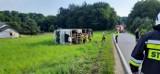 Tir wywrócił się w Humniskach w powiecie brzozowskim. Kierowca przewożący alkohol... okazał się pijany [ZDJĘCIA]