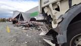 Wypadek na A1 pod Piotrkowem. Zderzyły się trzy ciężarówki i dostawcze iveco ZDJĘCIA