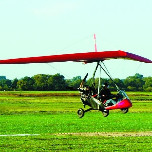 Oprócz paralotniarzy zmagać się będą też motolotniarze m.in. w lądowaniu w wyznaczonym miejscu