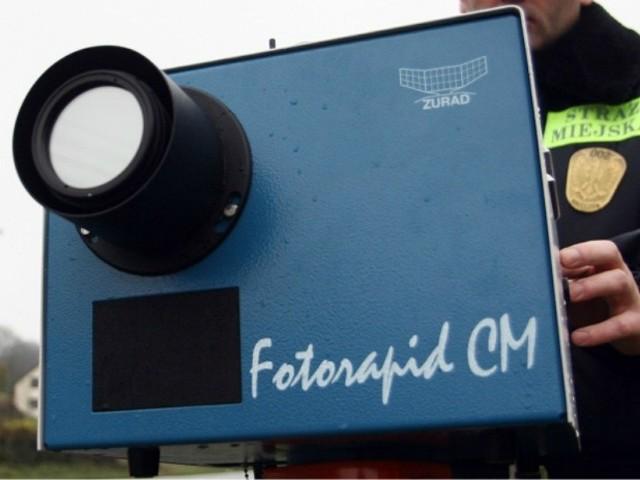 Nowy system kontroli prędkości powstaje w Polsce na wzór francuskiego. Tam po zagęszczeniu i oznakowaniu sieci fotoradarów liczba śmiertelnych ofiar wypadków drogowych spadła o połowę.