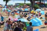 Wakacyjny najazd turystów na Niesulice. Tłumy nad Niesłyszem