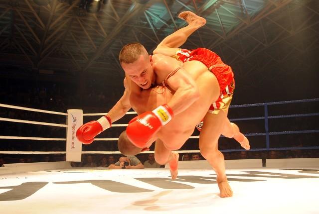 Parcheta walczył jeszcze w muai thai - zdjęcie zrobione podczas jednej ze zwycięskich walk.