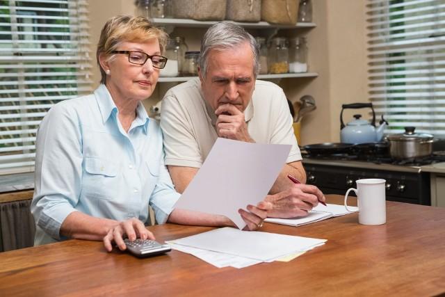 """W kwietniu na koncie emeryta pojawi się """"zwykła"""" emerytura powiększona o trzynastkę w wysokości minimalnej emerytury, czyli około 1022 zł netto"""