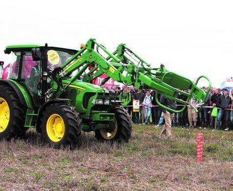 Nasze firmy w Bednarach zaprezentują maszynyMaszynowe show na polu to bardzo ważny element imprezy odbywającej się w Bednarach koło Poznania