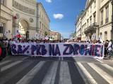 Lekarze z Łodzi protestowali 1 czerwca w stolicy. Domagali się większych nakładów na służbę zdrowia
