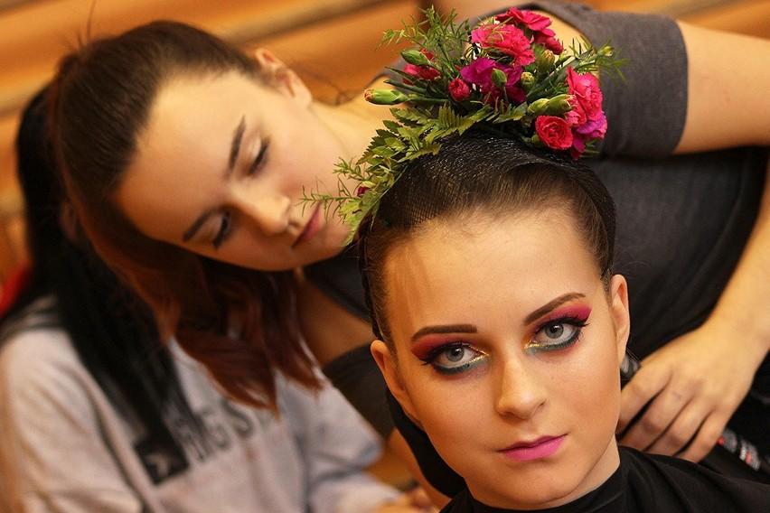 Międzyszkolny Konkurs Fryzjerski o Grzebień Mistrza Antoine'a w Sieradzu