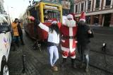 Pomoc potrzebującym przed świętami. Żywność można przynieść do zabytkowego tramwaju w centrum Wrocławia [ZDJĘCIA]