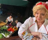 """Kuchenne rewolucje w Krakowie. Magda Gessler zmieniała restaurację """"Gorąca patelnia"""" w """"Kolorowe patelnie"""". Jakie są efekty? [MENU, CENY]"""