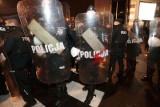 """Policja krytykowana po działaniach na Strajku Kobiet. Policjant: """"Były nieprawidłowości. Wszelkie wątpliwości powinny zostać wyjaśnione"""""""