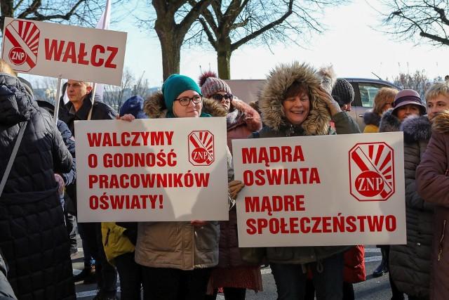 Protest nauczycieli ze Szczecina i regionu - 8 lutego 2020