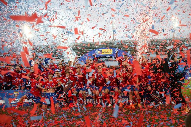Raków Częstochowa w ostatnią niedzielę świętował swój największy sukces w historii klubu