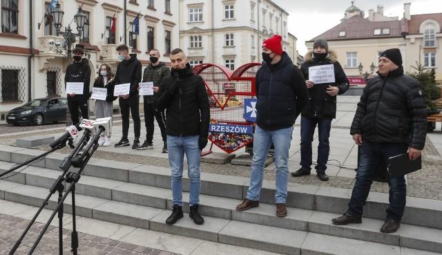 Protest branży weselno-rozrywkowej w Rzeszowie