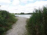 Wody w jeziorze Głębokim dramatycznie ubywa, a co za tym idzie, także turystów