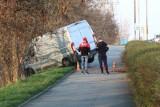Kierowca samochodu nie żyje. Zginął w wypadku w Grucznie. Akcja ratunkowa trwa. Uwaga, kierowcy: ruch wahadłowy