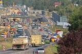 Przebudowa DK 94 w Sosnowcu: Po raz pierwszy, od ponad roku, kierowcy jadą główną trasą pod nowym wiaduktem