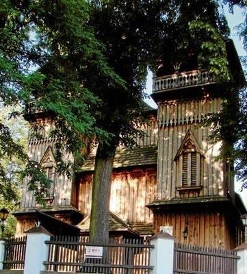Krzęciński, drewniany kościół został zbudowany w XVII wieku FOT. EWA TYRPA