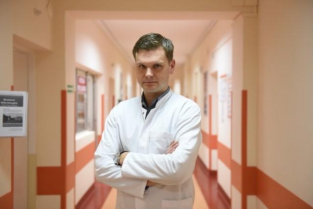 Dr Jacek Mackiewicz jest w grupie 14 proc. lekarzy (wg raportu Fundacji Alivia), którzy mówią pacjentom o innowacyjnych lekach