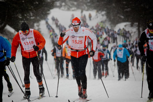 Tym razem nie będzie tłumów na Polanie Jakuszyckiej, ale organizatorzy zadbali o to, by biegacze mieli możliwość pojawienia się na tej malowniczej trasie. Impreza została wydłużona do 7 marca