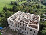 Zamek Joannitów w Słońsku nareszcie przestanie straszyć. Trwa remont. Zobaczcie, jak teraz wygląda zabytkowa budowla!