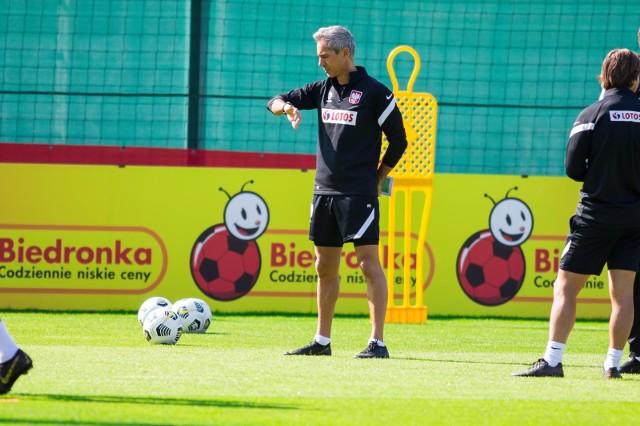 Paulo Sousa jedzie do Niemiec rozmawiać w sprawie reprezentanta. Jakie jeszcze ma plany?