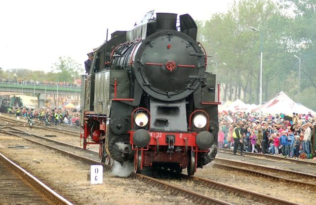 Wolsztyn: Parowozy wracają na trasy pasażerskie!