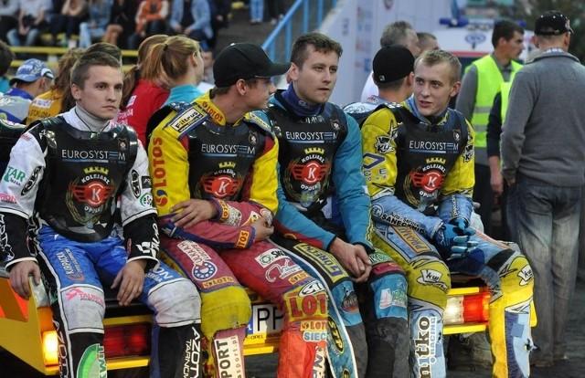 Zawodnicy Kolejarza (od lewej: Marcin Rempała, Andrej Kobrin, Rafał Fleger i Michał Mitko) mogą mieć jeszcze nadzieję na występy opolskiego zespołu w przyszłym sezonie w I lidze.