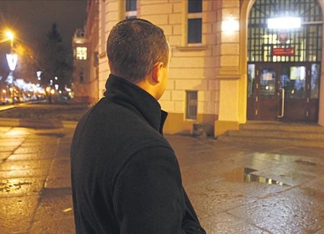 Mariusz M. nie uzyskał pomocy u policjantów, nie pozwolili mu sprawdzić, czy w organizmie po imprezie ma alkohol. – Tutaj potraktowali mnie jak gnojka – mówi rozżalony.