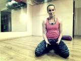 Znudziły ci się treningi? Spróbuj kettleballs, TRX lub... tańca na rurze (wideo)