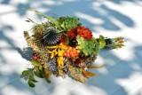 Dożynki coraz bliżej. Przypominamy, jakie kwiaty i zioła powinny się znaleźć w żniwnym bukiecie. Oto nasz krótki poradnik [ZDJĘCIA]