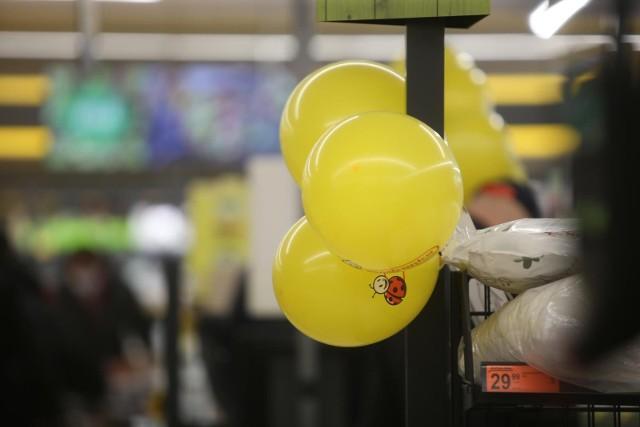 Biedronka to jeden z najpopularniejszych dyskontów w Polsce. Okazuje się, że niedawno sklep nawiązał współpracę z Glovo. O co dokładnie chodzi? Sprawdźcie!WIĘCEJ NA KOLEJNYCH STRONACH>>>
